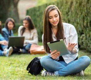 Instituto de Estudios Universitarios 2020